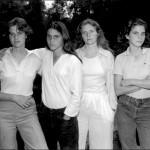 4 Sestry sa spolu vyfotili každý rok. Stihli už 36 fotiek!